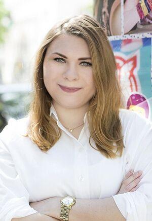 Elena Everding.jpg