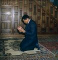 Muhammad Ali in prayer.jpg