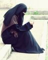 Praying Niqabi.jpg